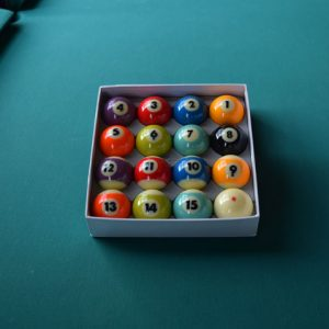 pool balls in box set